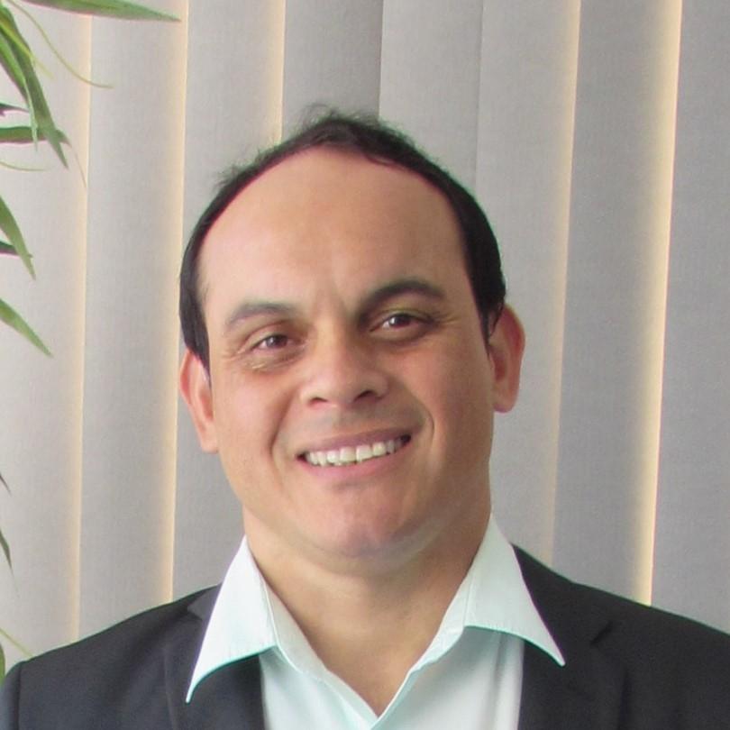 Sergio Alex Gomes de Andrade)